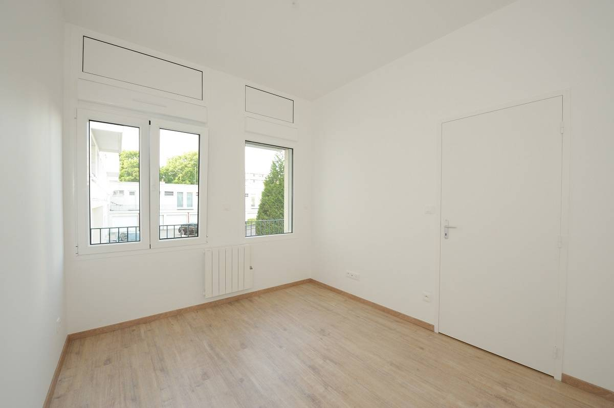 Location appartement f2 refait neuf situ quartier des for Appartement f2 neuf
