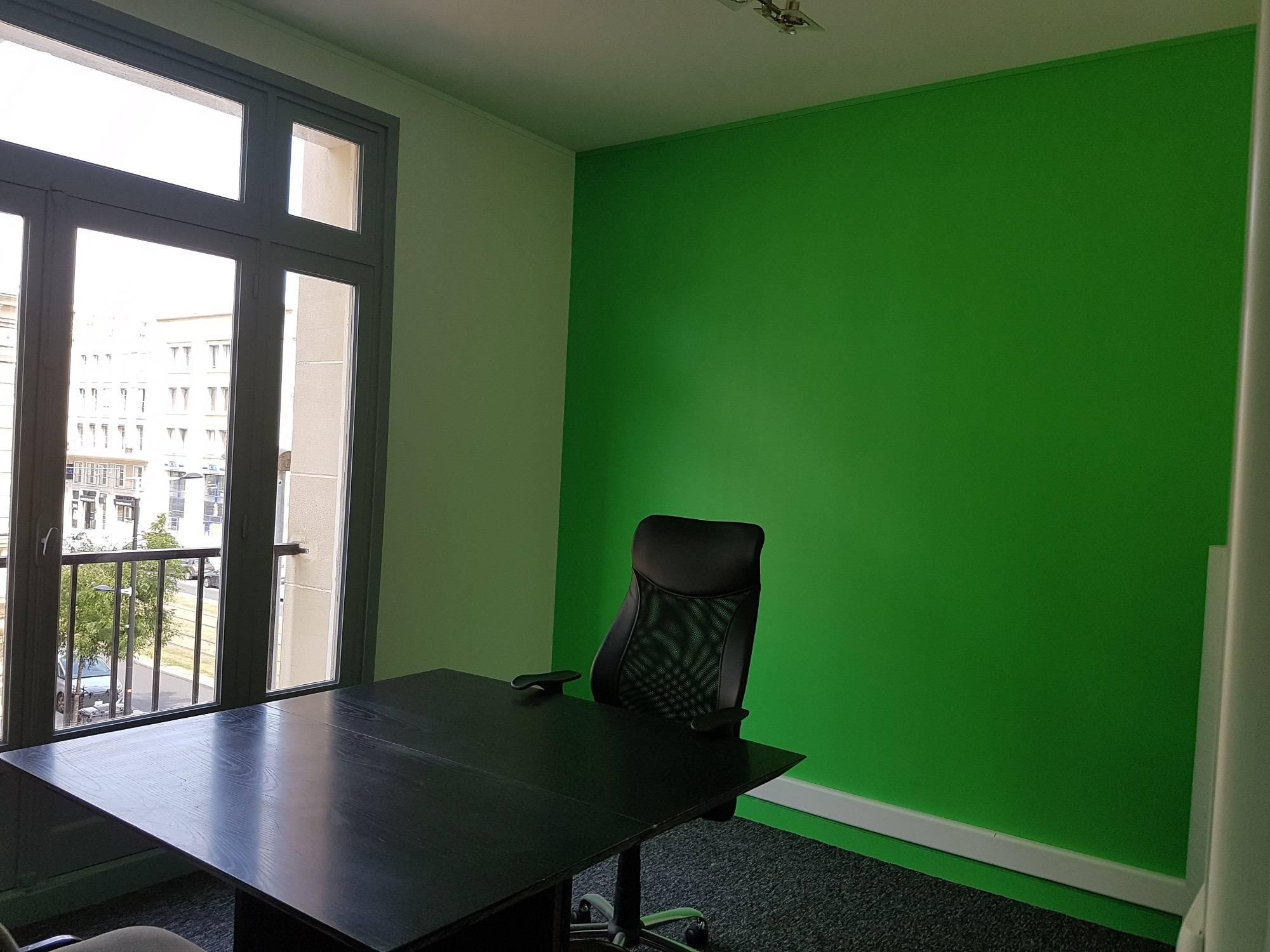 A louer petits bureaux de 25 m² centre ville le havre 76600 adrian